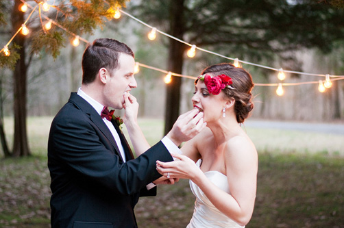 Carly-is-Inspired-Red-and-Pink-Elopement-11