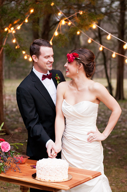 Carly-is-Inspired-Red-and-Pink-Elopement-18