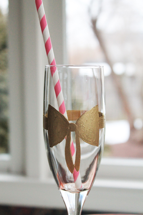 Carly-is-Inspired-Carly-is-Inspired-The-Shop-Bow-Champagne-Flute