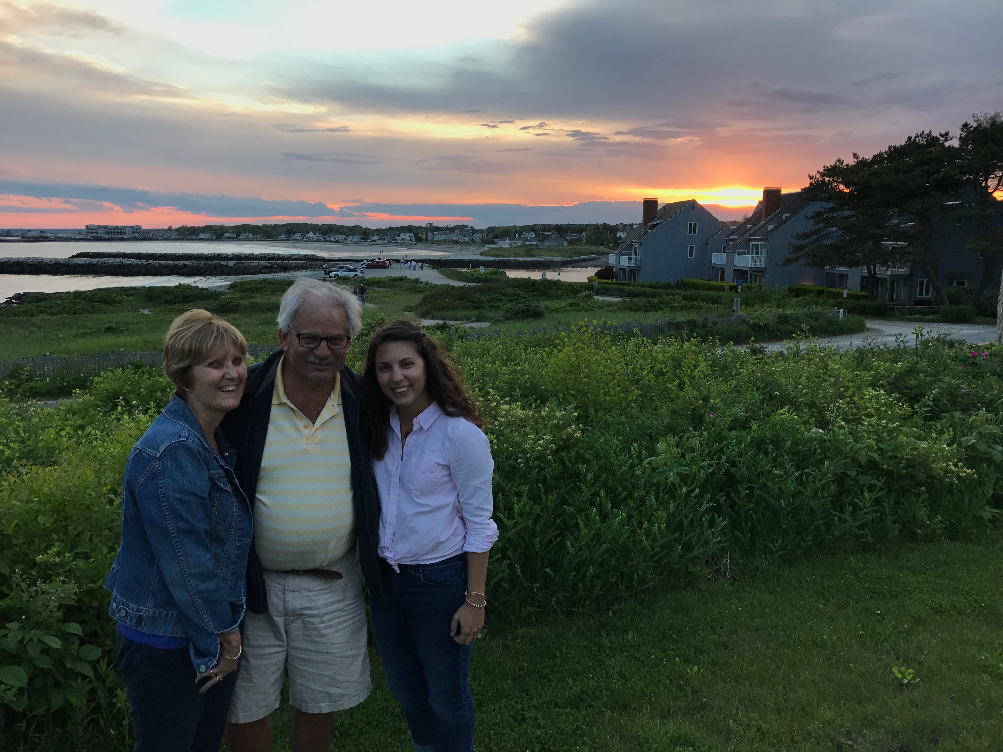 Travel Blogger Carly Totten shares how to spend 48 hours in Kennebunkport and Portland, Maine! | www.carlyisinspired.com